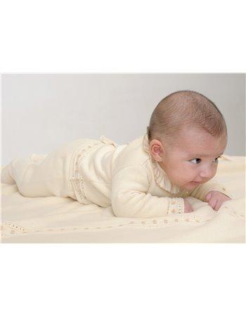Per 7- Manta tricot ecru com acabtº bolinha beige